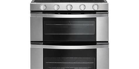 Whirlpool 60 Total cu Ft Double Oven Gas Range with