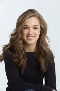 Haley Lu Richardson - Wikipedia