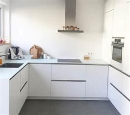 weiße küche graue arbeitsplatte weisse matte kueche weisse arbeitsplatte kitchens kitchens