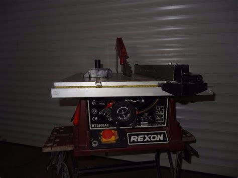 rexon woodworking table  btae tilt diablade