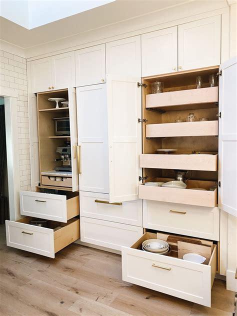 24+ Elegant Kitchen Cabinets Organization