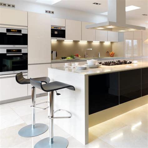 install extra lighting update  kitchen   budget