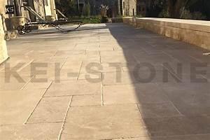 Dallage Travertin Extérieur : dallage int rieur et ext rieur en pierre naturelle clair ~ Edinachiropracticcenter.com Idées de Décoration