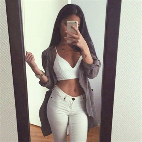 Blouse outfit tumblr urban white monochrome filter bralette hoodie cardigan jeans ...