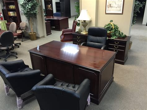 Traditional Desk And Credenza Sets 8 In Stock Specialty