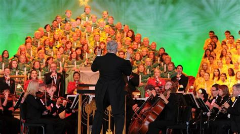 narrators announced epcot candlelight processional