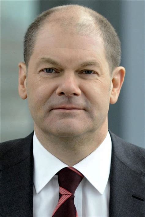 Born 14 june 1958, in osnabrück) is a german politician of the social democratic party of germany and first mayor of hamburg since 7 march 2011. Der Erste Bürgermeister Olaf Scholz wirbt für seinen SPD-Parteifreund Nils Schmid