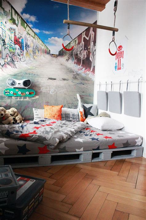 Wandgestaltung Kinderzimmer Bett by Yves Room In 2019 Jungszimmer Kinder Zimmer