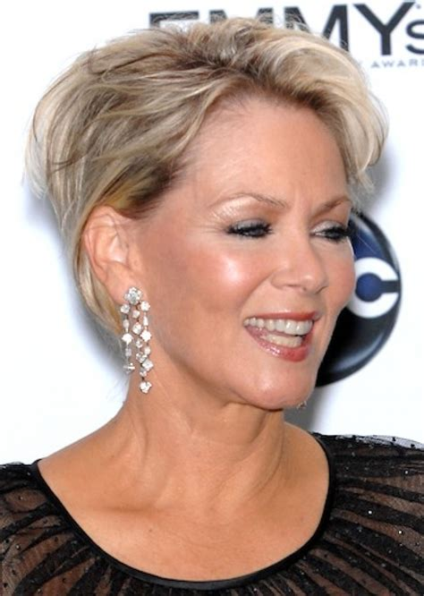 30 Hottest Short Layered Hairstyles For Women Over 50
