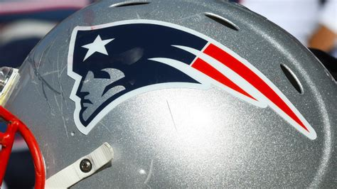 patriots tease  uniforms reveal date  jersey