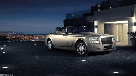 Luxurius Car : Rolls-royce Phantom Declared World's Best Super-luxury Car