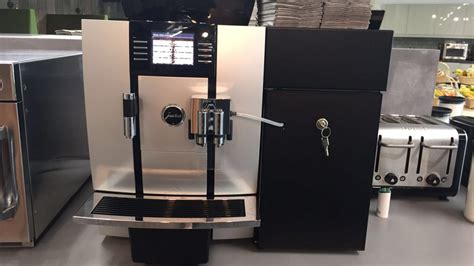 Jura Giga X3c With 4 Litre Milk Fridge German Automatic Coffee Machine Milk Kogan Espresso Bridge Fabric Table Ottoman Living Room With And Types Of Cuban Beans Roaster Different Bean Grinds