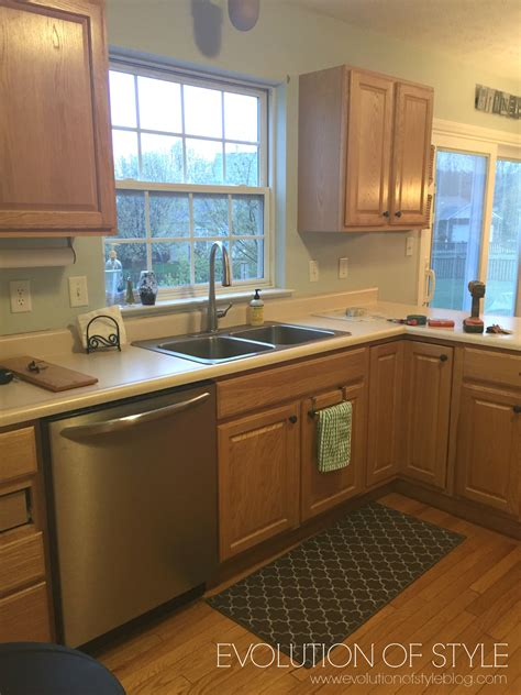 tips tricks  painting oak cabinets evolution  style