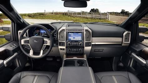 ford   king ranch specs price