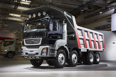 Daimler Premieres Made In India Trucks At Iaa Show
