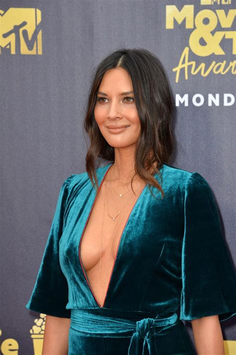 Olivia Munn Big Cleavage Shown On Mtv Movie Awards 2018 Scandal Planet