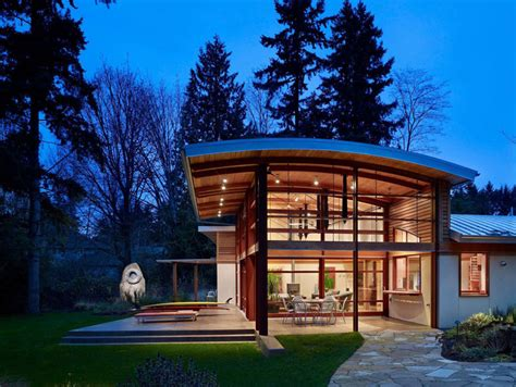 garden home sparkling a curved roof and