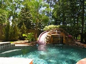1001 modeles spectaculaires de piscine avec cascade With piscine avec cascade d eau