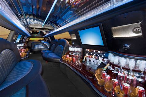 dallas fort worth limousine company adds   limos