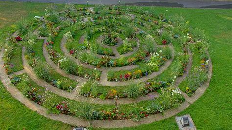 Rundes Blumenbeet Anlegen » So Planen Sie Es Richtig