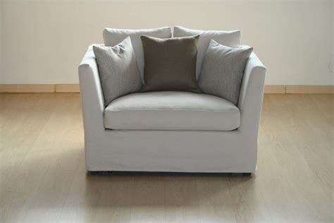 Poltrona-letto-dallo-stile-classico.jpg