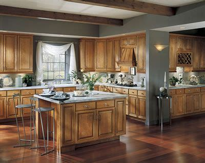 flooring for kitchens 17 best ideas about cherry wood cabinets on 7072