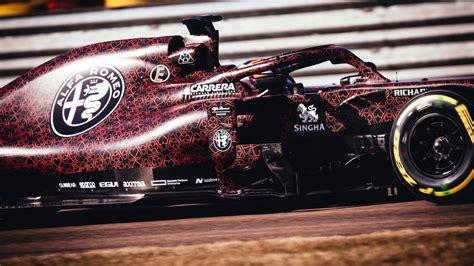 Прощальный ролик для райкконена в ferrari. Kimi Raikkonen drives 2019 Alfa Romeo F1 car in Valentine's Day livery