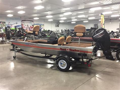 Bass Tracker Boats For Sale Michigan by Power Boats For Sale In Michigan Boats