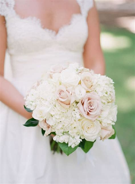 Wedding Inspiration In 2019 Wedding Bouquets Hydrangea