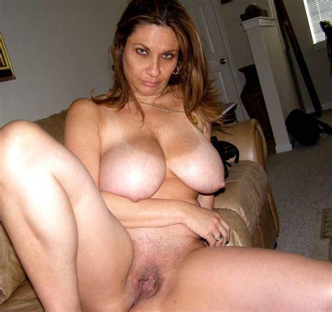 Big Wet Mature Pussy