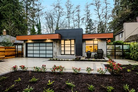 Modern Houses : Modern Bungalow