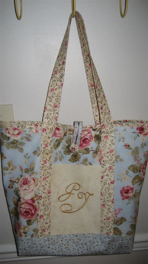 shabby chic sewing projects shabby chic monogrammed tote sewing projects burdastyle com