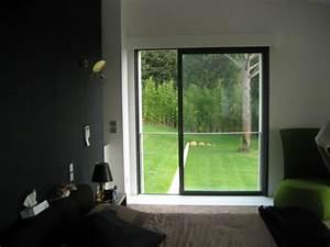 Pose de baie vitree coulissante aluminium a galandage for Porte fenetre coulissante galandage