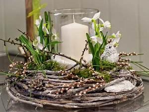 Deko Im Januar : licht im winter rebenkranz winterdeko kerze kunstblumen schneegl ckchen floristik ebk ~ Frokenaadalensverden.com Haus und Dekorationen
