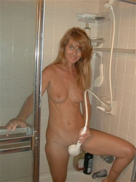 Renae Porn Pic From Renae Strawberry Blonde MILF In The Bathroom Sex Image Gallery