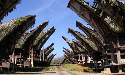 5 Tempat Wisata Di Tana Toraja Yang Terkenal Akan