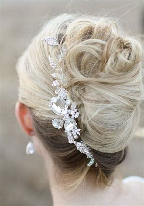 wedding hairstyles discover  years top trends