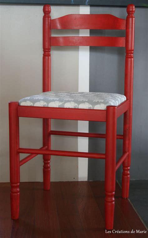 relooker chaise en bois relooker une chaise en paille les créations de
