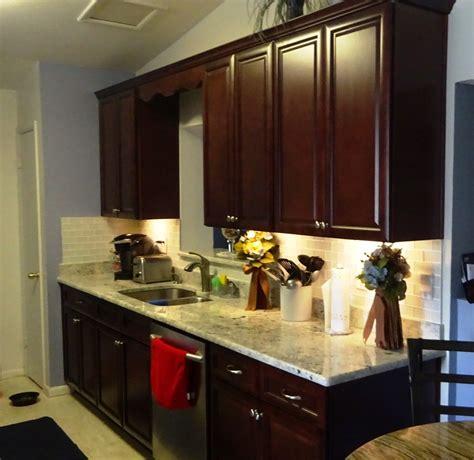 couleur meuble cuisine couleur meuble cuisine meuble cuisine avec argent couleur