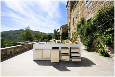 25 Ideas for Stylish Outdoor Furniture Inspiration
