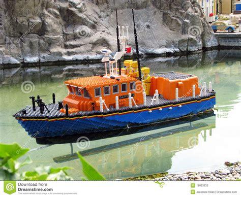 Imagenes De Barcos De Lego by Barco De Lego Fotografia Editorial Imagem 19853332