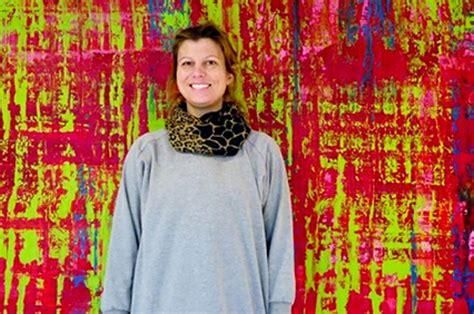 """Gleznotāja Ilze Klarka """"Starp sapņiem un realitāti ..."""
