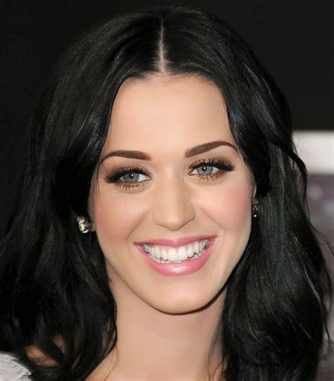 Katy Perry Makeup Looks For Valentines Day 2014