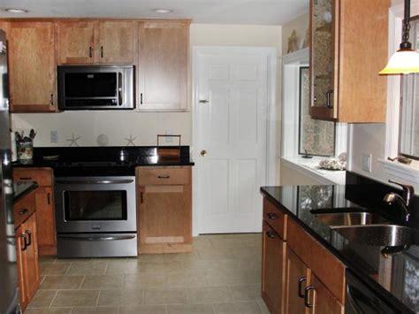dress   design accessorize  empty kitchen hgtv