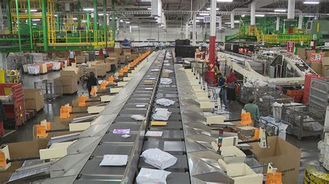 Usps Getting Ready For Busy Holiday Mailing Week Wtte