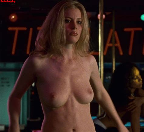 Nude Celebs In Hd Gillian Jacobs Picture
