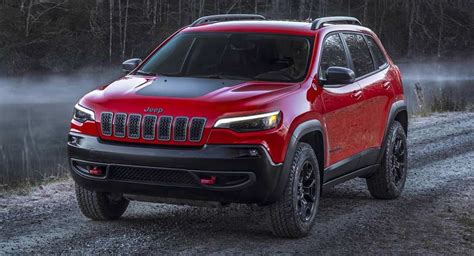 jeep crossover interior jeep to stick by traditional designs won t launch crossover