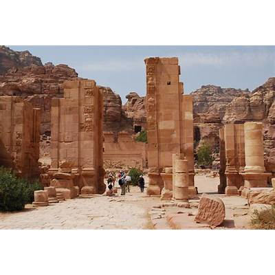"Petra: ""Rose-Red City Half As Old Time"" (22 pics)"