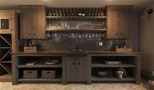 Rangement Bouteille De Vin : casier bouteilles cave vin et refroidisseur dans la cuisine ~ Teatrodelosmanantiales.com Idées de Décoration