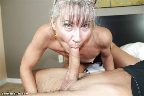 Stunning Mature Loves Swallowing Dicks And Enjoys
